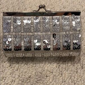 Silver beaded and sequined clutch